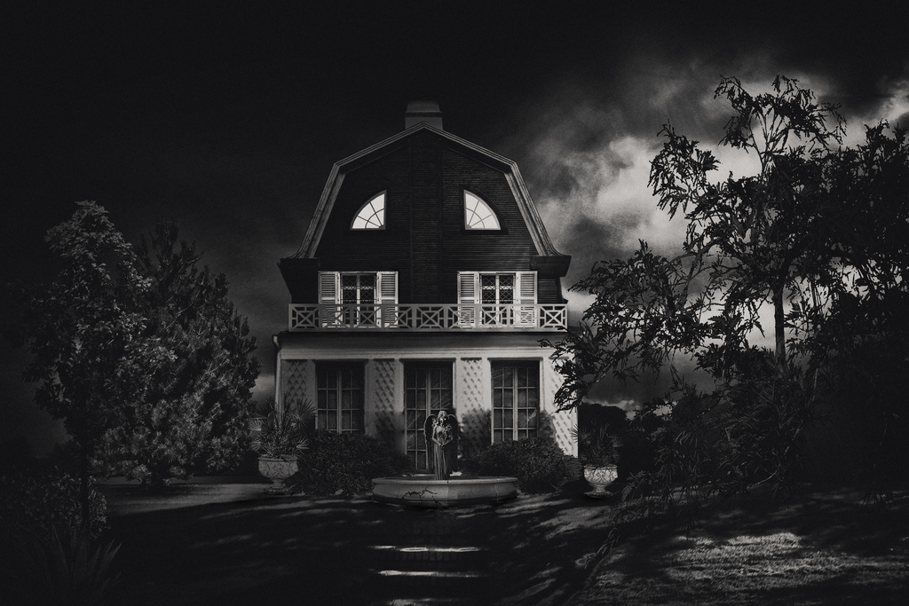 The Amityville Horror House In New York Will Give You Nightmares