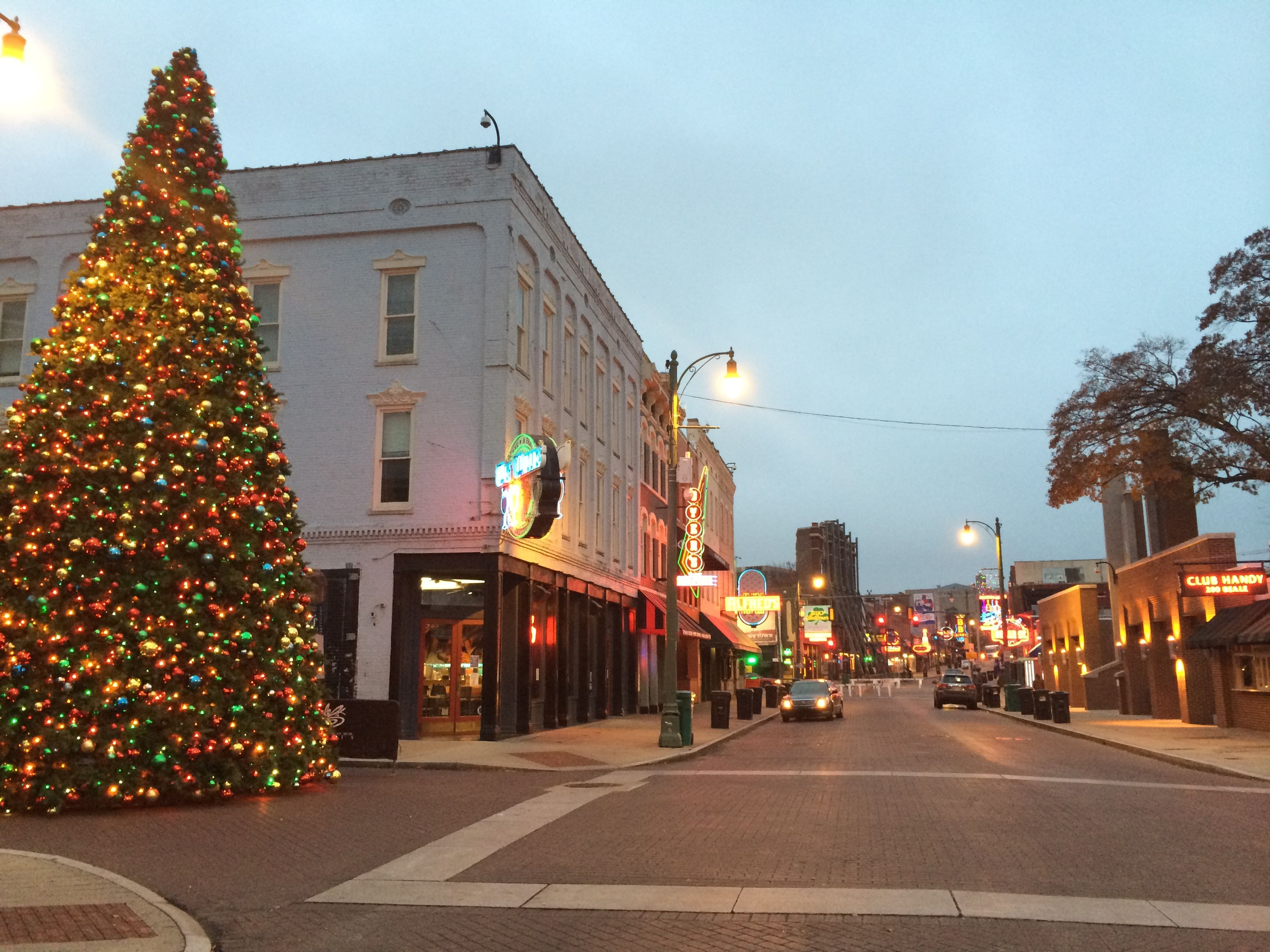 Mcminnville Tn Christmas Parade 2021 7 Main Streets In Tennessee That Are Pure Magic During Christmastime