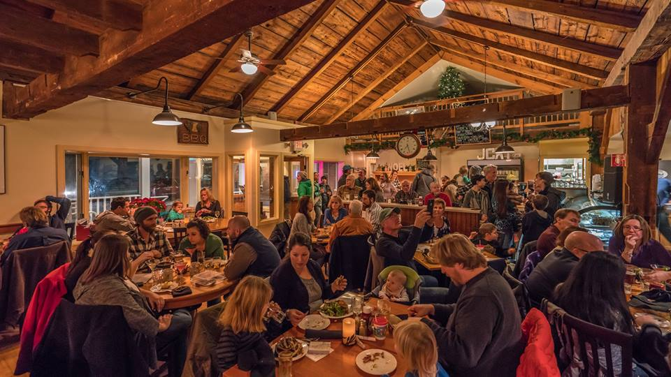 Travel Off The Beaten Path To Try The Most Mouthwatering Cafe In Vermont