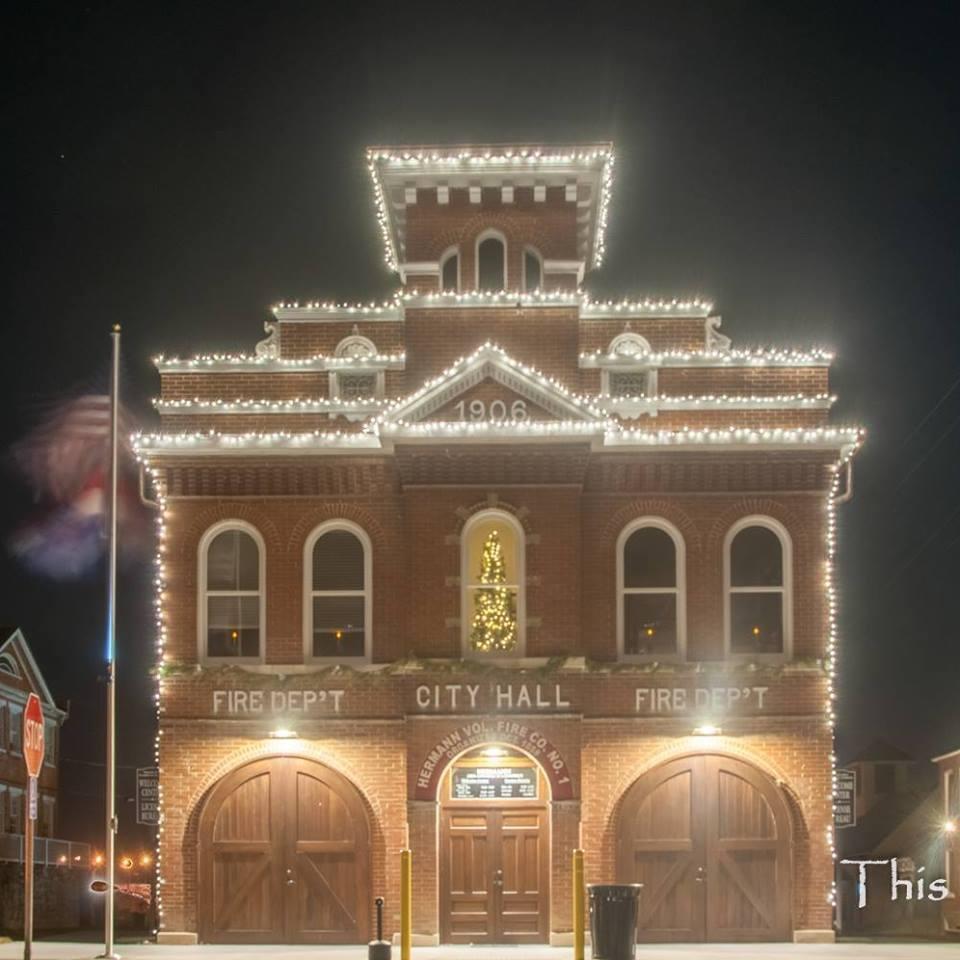 Hermmann Mo Christmas 2021 Visit Hermann A Beautiful Christmas Town In Missouri