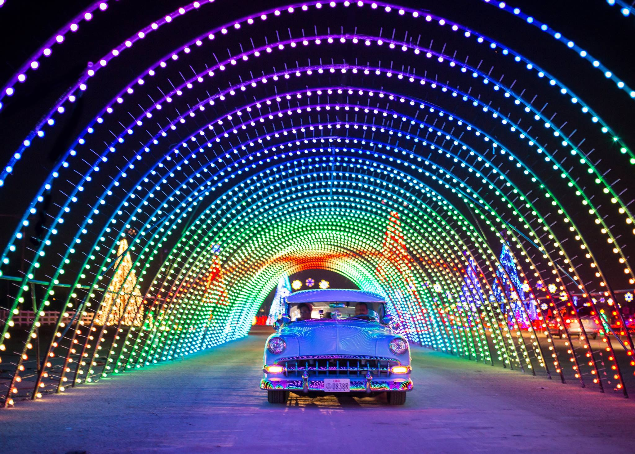 Drive Through Millions Of Lights At The Christmas In Color Holiday Display In Southern California