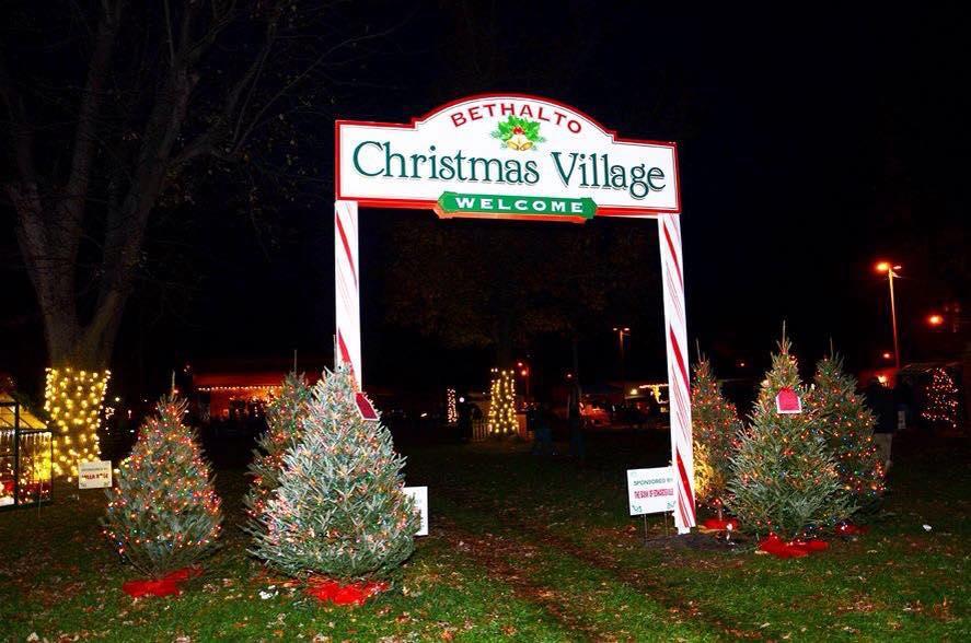 Bethalto Il Christmas Village 2021 Visit The Enchanting Bethalto Christmas Village In Illinois