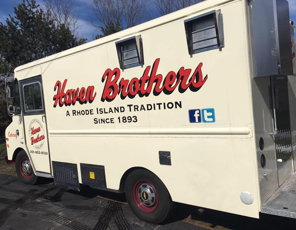 Rhode Island Has A Mobile Diner, And It's One Of The Oldest In The Country