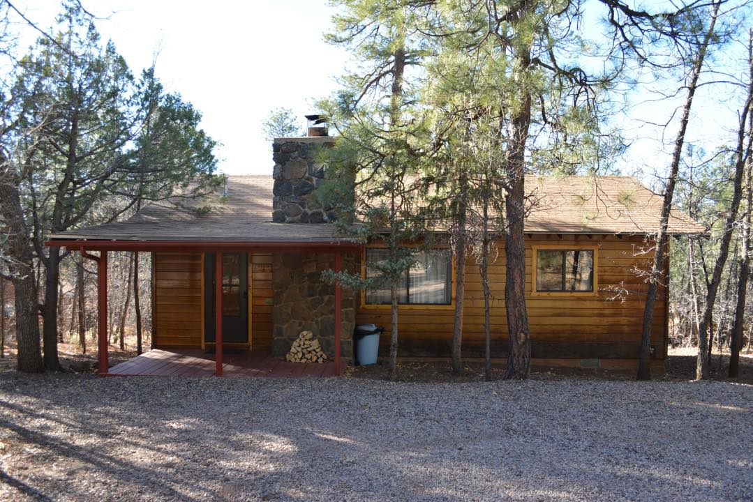 Rent These Cabins For A View Of The Arizona Apache National Forest