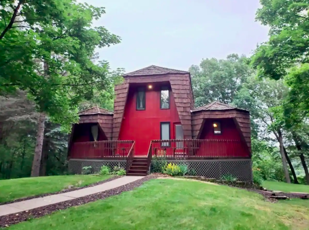 Book Your Own Private Chalet Atop A Minnesota Bluff At This Beautiful Airbnb