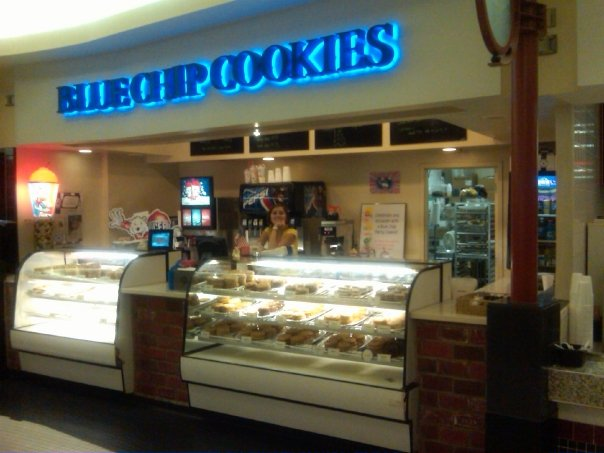 Choose From More Than 35 Gourmet Cookie Flavors At Blue Chip Cookies In Ohio